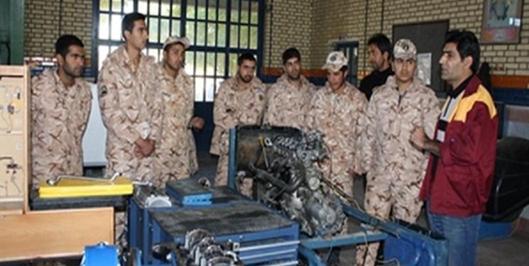 آموزش مهارت به ۸۶ هزار سرباز در سال ۹۹
