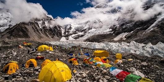 هزینه صعود به اورست چقدر است؟