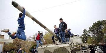 ۲ تانک بهشت زهرا غنیمت کدام عملیات است؟ +عکس