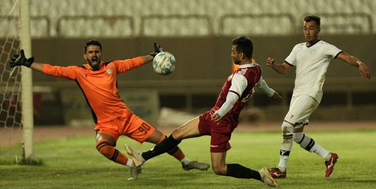 جریمه بازیکنان و مربیان بوشهری به خاطر شکست مقابل قشقایی شیراز