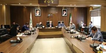 رفع مشکل رانندگان استیجاری شهرداری رشت/درگیری لفظی عضو شورا با شهردار