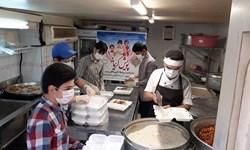پویش کریمانه از جنس دانشآموزی/ توزیع 1000 بسته غذای گرم در محلات حاشیهنشین تهران
