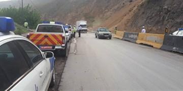 ریزش سنگ در محور هراز/ رئیس پلیس راه مازندران: احتمال سقوط سنگ در محورها همچنان وجود دارد