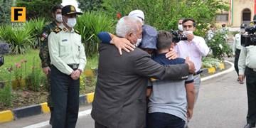 بازگشت گروگان ۱۰ ساله گنبدی به آغوش خانواده