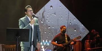 برگزاری کنسرت آنلاین حجت اشرفزاده با ۸۶ هزار تماشاگر