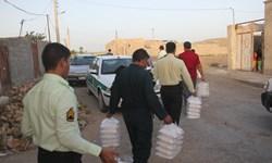 توزیع بستههای غذایی گرم بین نیازمندان محلات محروم زابل