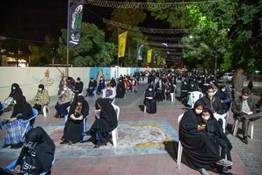پیاده راه سبزه میدان در شب بیست و یکم رمضان