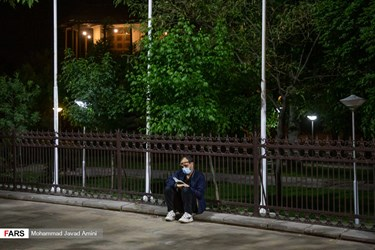 در کنار محوطه تاریخی دولتخانه صفوی و در سبزه میدان قزوین