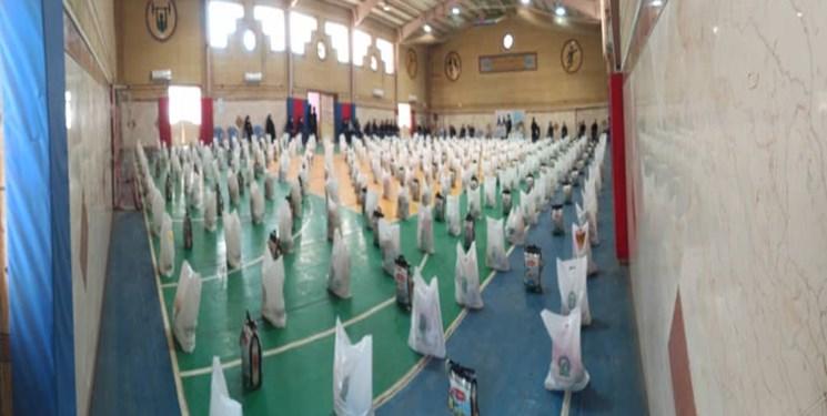 توزیع بستههای معیشتی به همت کانون خدام رضوی در دزفول + عکس