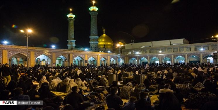 نجوای «الهی العفو» در قبله تهران/ حرم  سیدالکریم پناه شب زندهداران سومین شب قدر