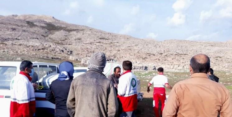 امدادرسانی هلال احمر به ۴۰ خانوار عشایری آسیب دیده از حوادث جوی در  باغملک