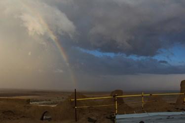 چشم انداز زیبای کوه خواجه بعد از بارش باران
