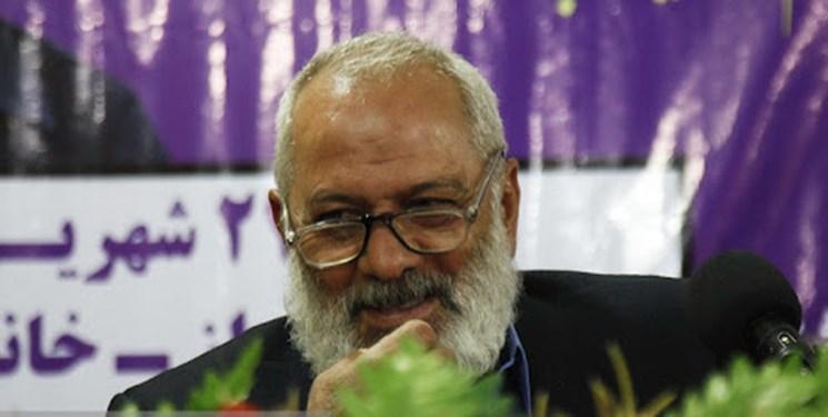 «قاسم آهنینجان» شاعری که در سیل خوزستان لباس امداد پوشید