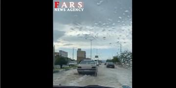 فیلم  آبگرفتگی معابر شهری کاشمر و جاری شدن سیلاب در روستاها