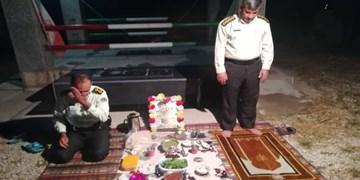 افطاری با عطر و بوی شهید و شهادت/سفره معنوی فرمانده انتظامی چاروسا+تصویر