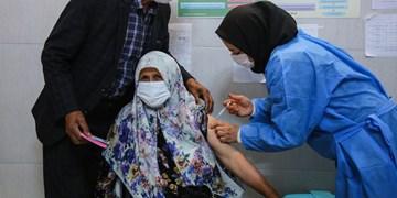 تزریق واکسن کرونا به ۷۰ درصد سالمندان جیرفتی/هزینه ۳ میلیاردی درمان بیماران کرونایی طی دو ماه