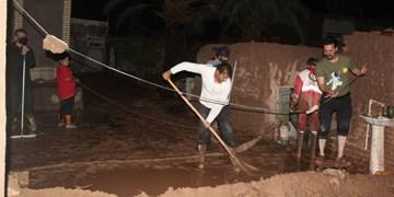 کمکرسانی بسیجیان دامغانی به مردم سیلزده+ تصاویر