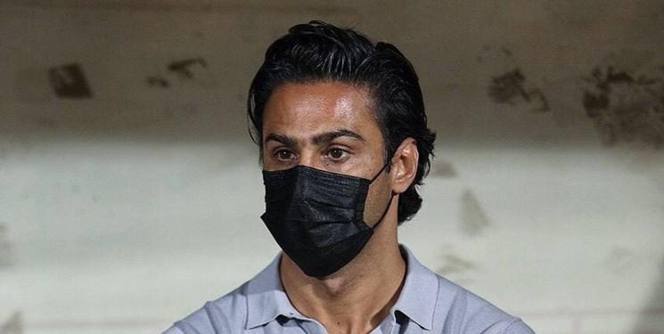 حاشیه دیدار استقلال و ذوبآهن  اقدام ذوبآهنیها به یاد کاپیتان/اعتراض مشترک حسینی و مجیدی+عکس