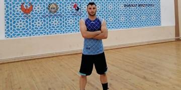میثم قشلاقی، بوکسور خراسان شمالی در راه مسابقات قهرمانی آسیا ۲٠۲۱  امارات