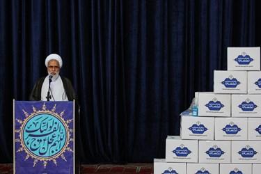 کمک مومنانه ستاد اجرایی فرمان امام (ره)