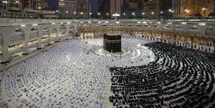 تعداد زائران خانه خدا در روزهای پایانی ماه رمضان افزایش یافت + فیلم