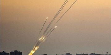 شبکه صهیونیستی: اسرائیل در معرض شدیدترین حملات موشکی تاریخ خود قرار گرفته است