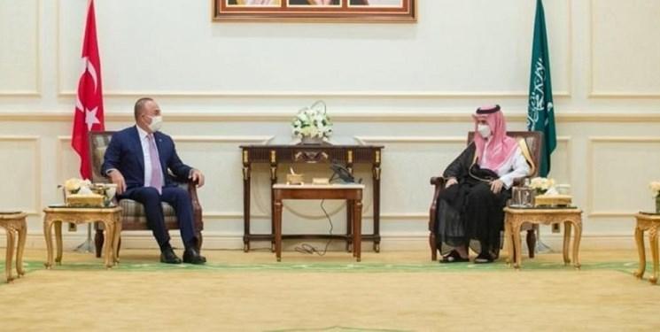 دیدار وزرای خارجه ترکیه و عربستان در ریاض