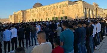 ۱۰۰ هزار فلسطینی نماز عید فطر را در مسجدالأقصی به جا آوردند