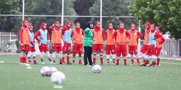 اعضای تیمهای ملی فوتبال و فوتسال بانوان واکسینه میشوند