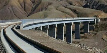 اجرای 4600 کیلومتر راه آهن و بزرگراه در کشور/ اشتغال 80 هزار نفر بطور مستقیم در پروژههای زیرساختی