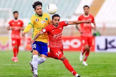 لیگ برتر فوتبال    تراکتور 1 - 1 صنعت نفت