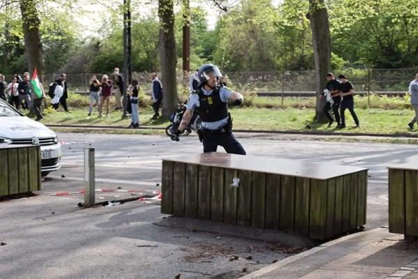 14000225000439 Test PhotoL - حمله پلیس دانمارک به تظاهرات حمایت از فلسطین+فیلم
