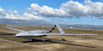 رزمایش هوایی ارتش جمهوری آذربایجان با مشارکت پهپادهای بیرقدار