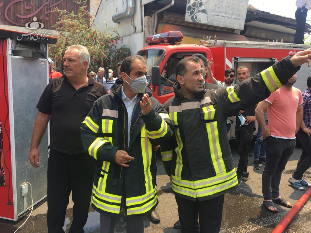 14000226000643 Test NewPhotoFree - آتشسوزی پنج مغازه در رشت پای شهردار را هم به میدان کشاند + فیلم و عکس