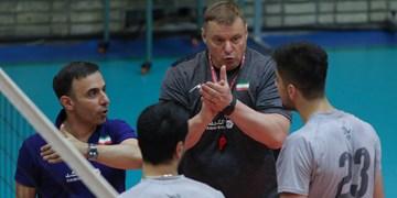 سرمربی تیم ملی والیبال 14 بازیکن را برای بازی با ژاپن انتخاب کرد