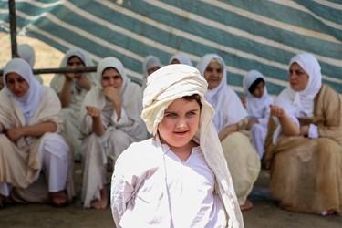 لباس پیروان حضرت یحیی از ۵تکه تشکیل شده که در مراسم تعمید استفاده میشود