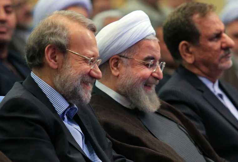 مواضع لاریجانی در مواجهه با دولتها