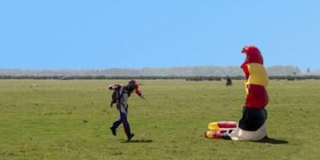عکس| جشنواره سقوط آزاد در آسمان بوجاق