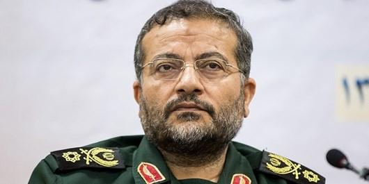 امام، مردم را «مردم میدان دفاع» کرد