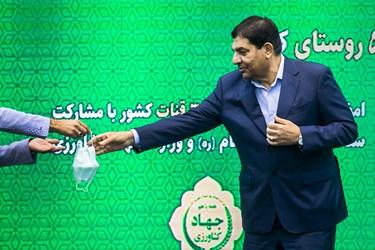 محمد مخبر رئیس ستاد اجرایی فرمان حضرت امام(ره) در آیین بهرهبرداری از طرحهای آبرسانی به ۵۰۰ روستای کشور