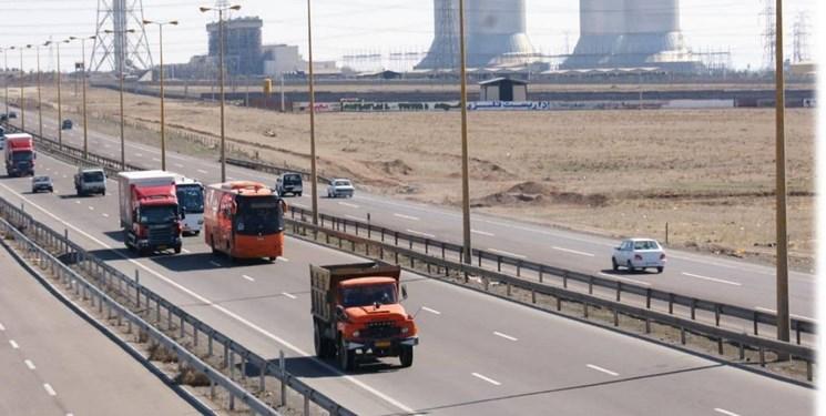 آخرین وضعیت تردد خودرو در محورهای مواصلاتی/کدام جادهها امروز پرترافیک هستند