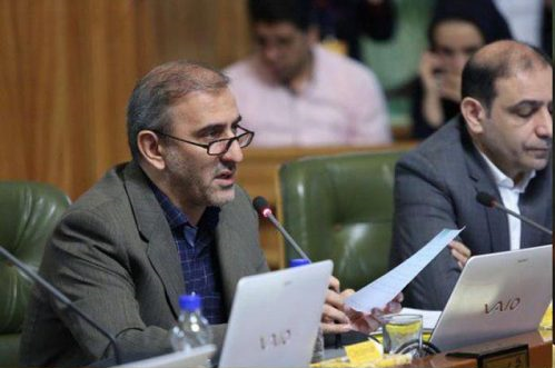 رانندگان شرکت «سرویس خودرو شهر» نیروی شهرداری نیستند/وقتی معاون مالی و اقتصاد شهرداری تهران آب پاکی را به دست رانندگان شهرداری می ریزد