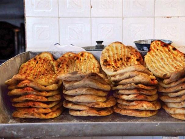 علت پایین بودن کیفیت نان چیست!؟/گلایه مردم جاجرم از نانوایی ها