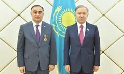 تأکید مقامات قزاقستان و آذربایجان بر توسعه روابط پارلمانی