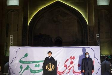 آیتالله سید ابراهیم رئیسی کاندیدای سیزدهمین دوره ریاست جمهوری در مسجد جامع ورامین