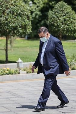 عليرضا آوايي وزیر دادگستری پس از پایان جلسه هیأت وزیران / ۱۹ خردادماه ۱۴۰۰