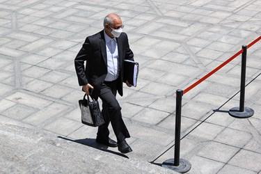 محسن حاجی میرزایی وزیر آموزش و پرورش پس از پایان جلسه هیأت وزیران / ۱۹ خردادماه ۱۴۰۰