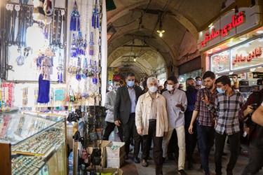 حضور سعید جلیلی در میان کسبه  و بازاریان