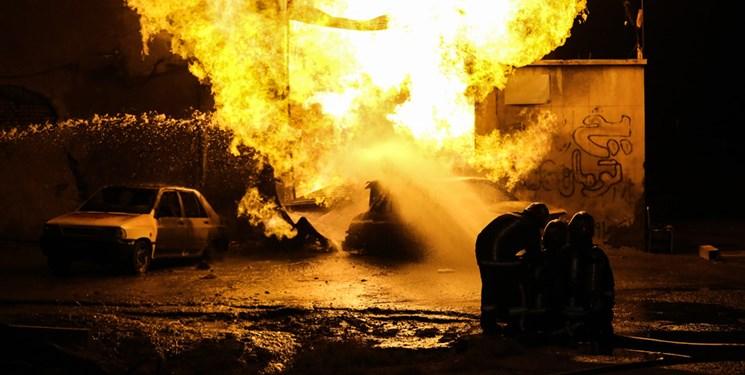 جزئیات آتش سوزی در کارگاه مبل سازی