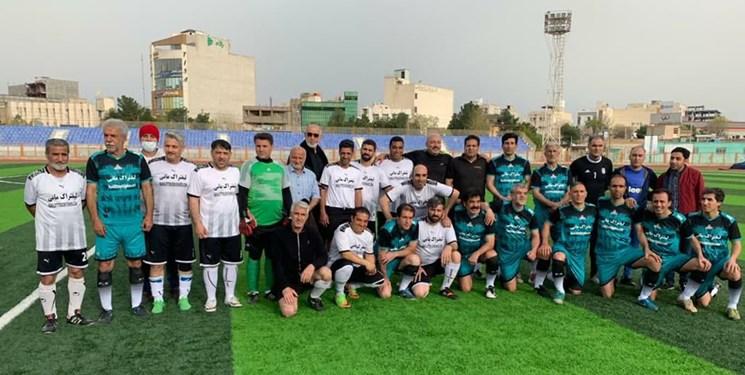 دیدار تیم فوتبال شهدای گمنام قم با سرخابیهای پایتخت